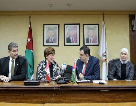 منحة كندية للأردن بقيمة مليون 132788_32_1454257553.jpg