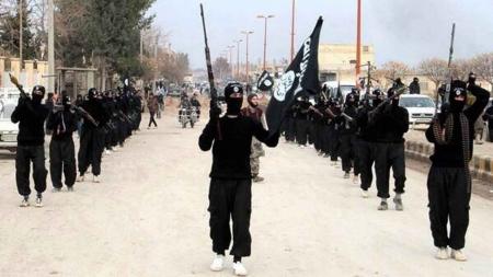 """داعش"""" يتصدع..اشتباكات عنيفة مقاتلي التنظيم 135774_30_1457239752.jpg"""